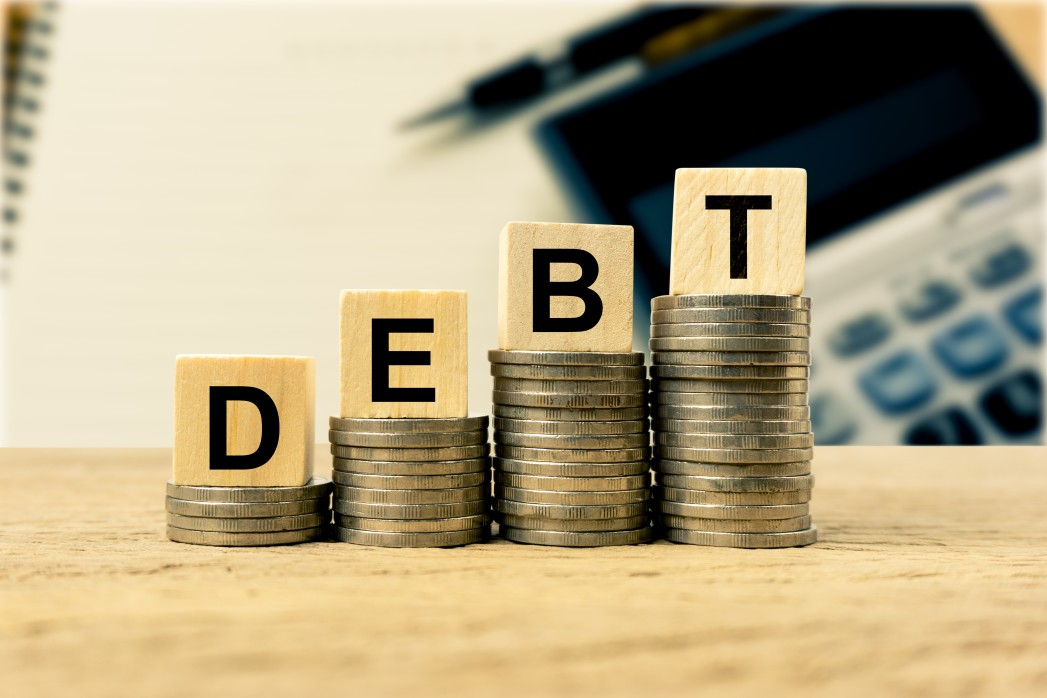 How to Become a Millionaire by 30: Clear debts